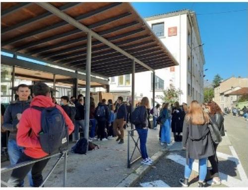 Le SNES-FSU 46 soutient les lycéens mobilisés.